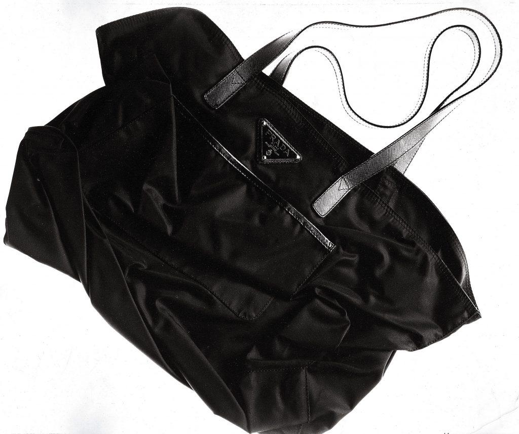 Dizionario della Moda Mame: Prada. Shopping bag in Nylon, 1978.